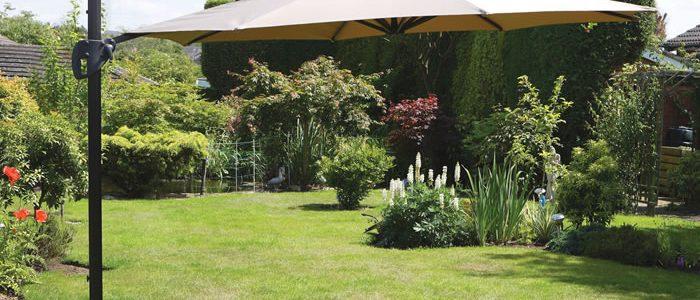 Garden Umbrellas & Parasols
